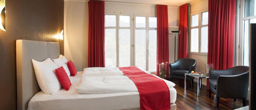 switzerland_jungfrau-ski-region_grindelwald_hotel-belvedere_classic-bedroom.jpg